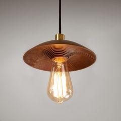 Luminária jeri P, feita em madeira e latão maciços