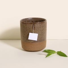 xícara com suporte para saquinho de chá, Somassae Pottery